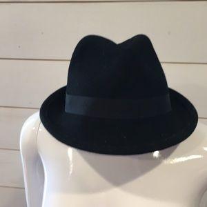 Accessories - Fedora black hat